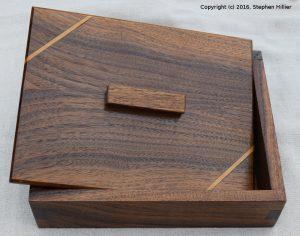 bx7-walnut-1024